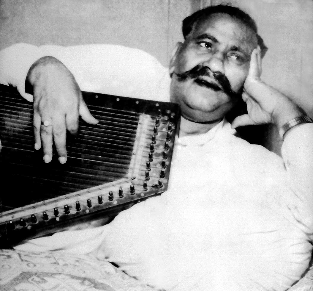 Biography of Bade Ghulam Ali Khan